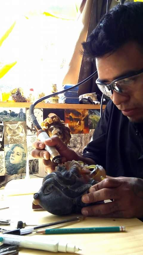 Joaquin Lopez Lopez working in his studio